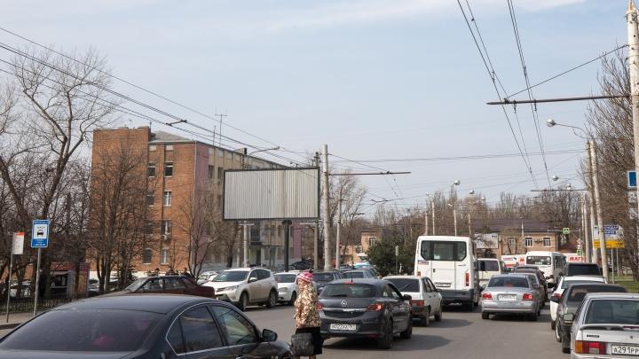 Движение на четырех улицах Ростова будут перекрывать по ночам