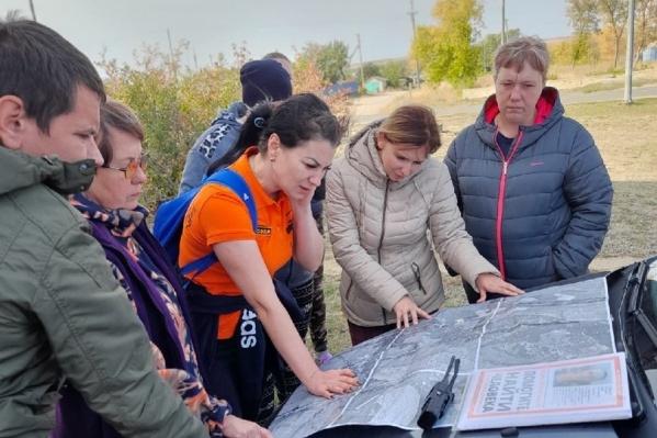 На поиски пропавших без вести и потерявшихся людей зачастую выходят десятки добровольцев