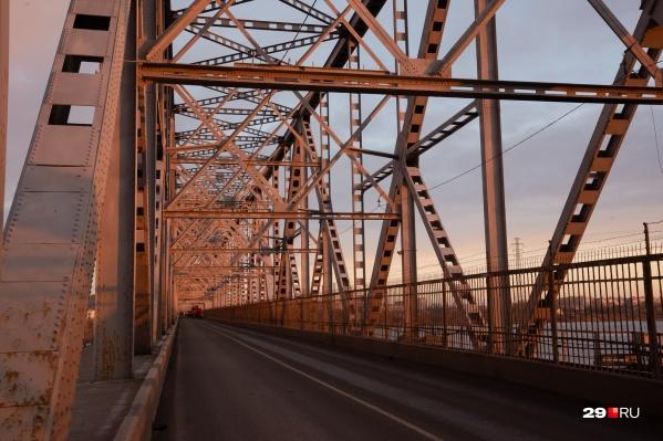 Таким пустым мост будет целых две недели