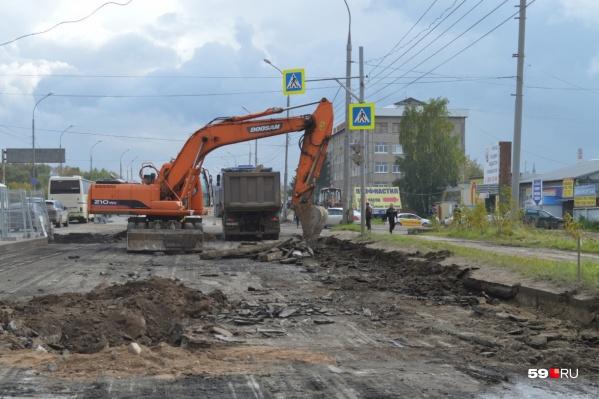 Работы на улице Героев Хасана идут с 2019 года — тогда началась ее реконструкция