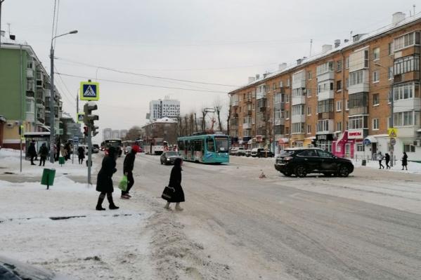 Несчастный случай произошел на перекрестке улиц Мира и Одоевского