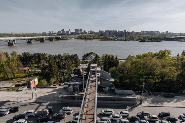 Мост будет работать круглый год днем и ночью