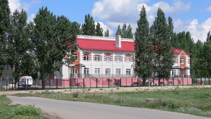 «Прооперирована, состояние крайне тяжелое»: врачи спасают расстрелянную мужем в Новоаннинском женщину-продавца