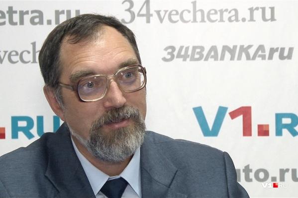 Сергей Яковлев считает, что мошка — важная и полезная часть пищевой цепи водных обитателей