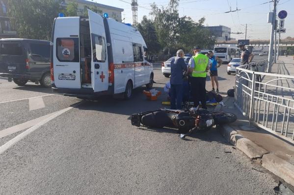 Мотоциклист получил серьезные травмы