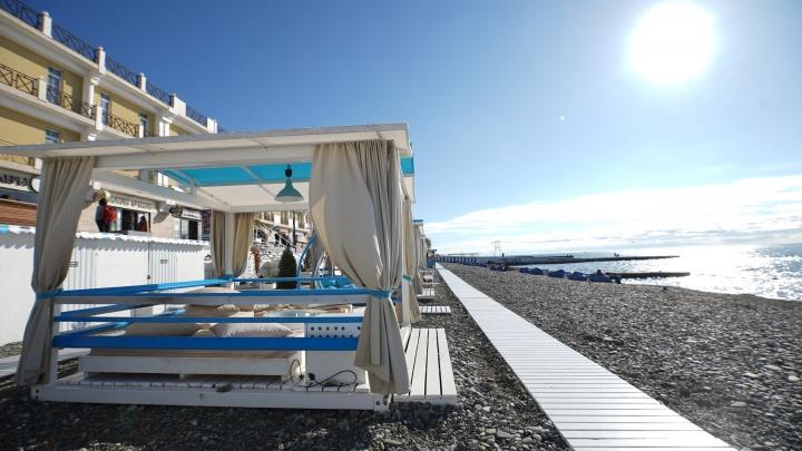 Пляжи, транспорт и развлечения: как в Сочи подготовились к старту курортного сезона