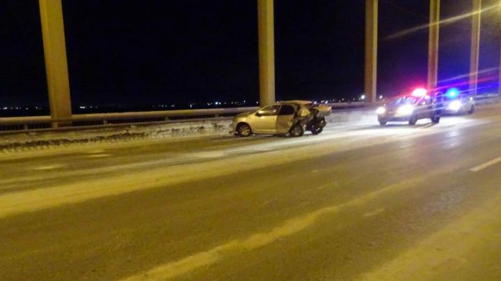 Полиция задержала водителя, уехавшего с места ДТП на Краснофлотском мосту, где пострадали 3человека