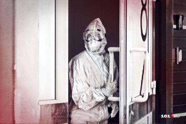 Врачи горбольницы и родственники погибших давали показания следователям