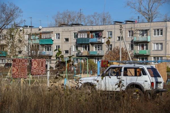 Первый массовый шутинг в Нижегородской области начался на коротком маршруте от типовых домов до такой же типовой остановки