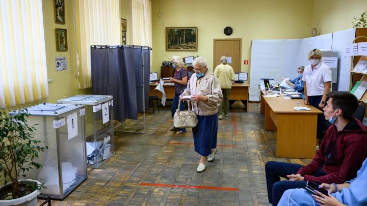 «Единая Россия» победила, но есть вопросы к методам: 161.RU следил за подсчетом голосов на Дону