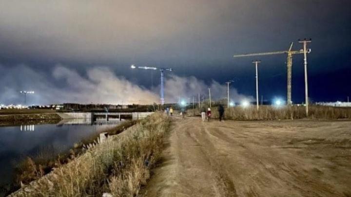 Дым с горящих под Солнечным торфяников идет на Екатеринбург. Онлайн