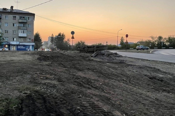 В Каменске-Уральском демонтировали подходы к месту недавнего ДТП