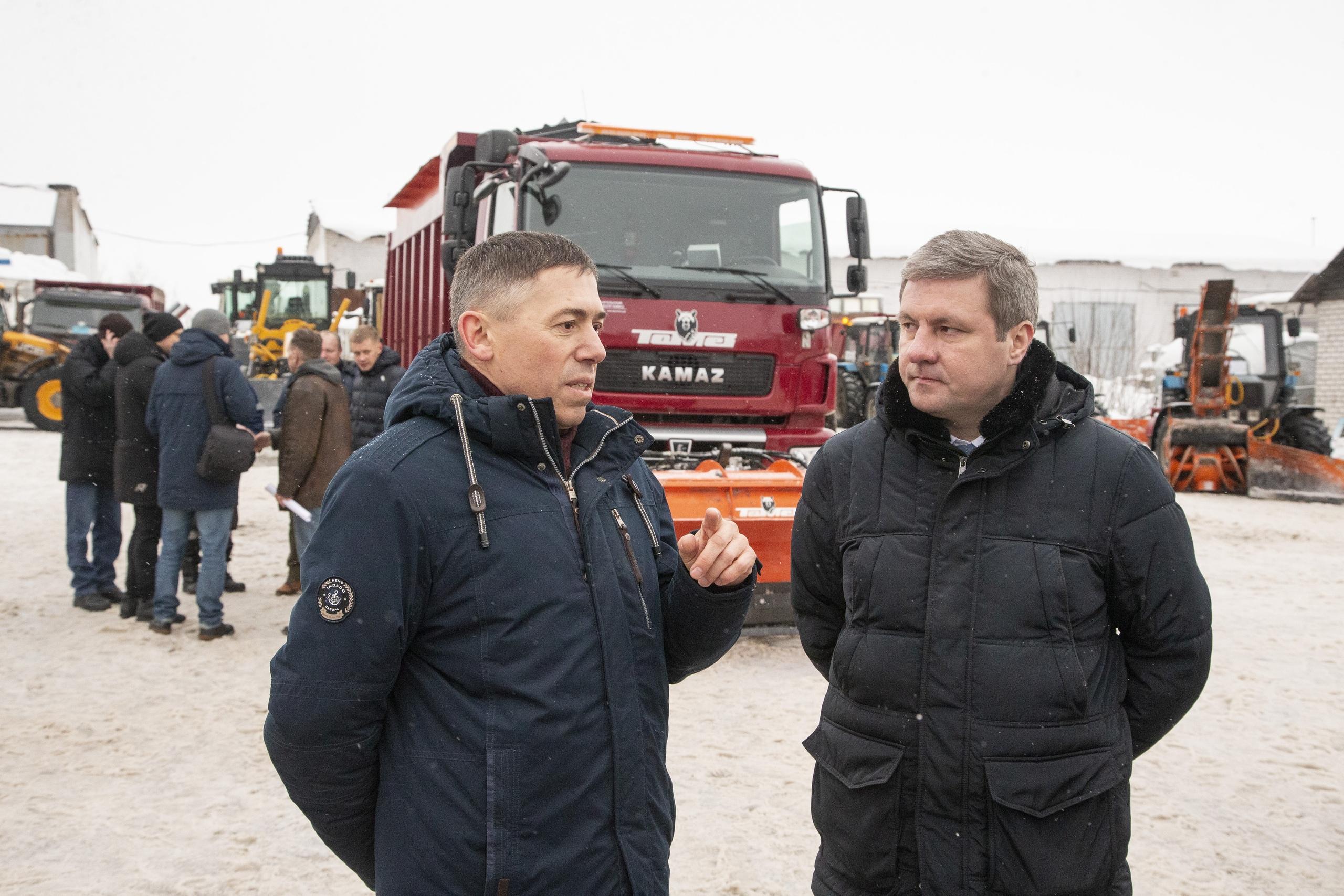 Слева — директор МДУ Александр Сорокин