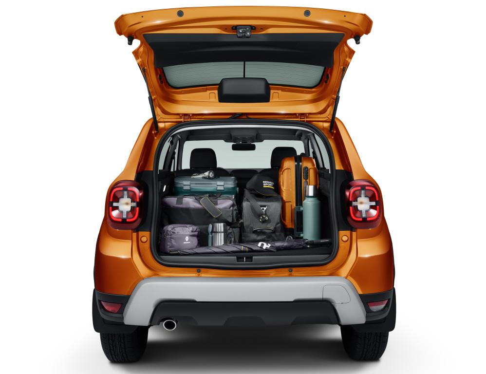 Багажник — 428 литров. Под полом полноразмерная запаска