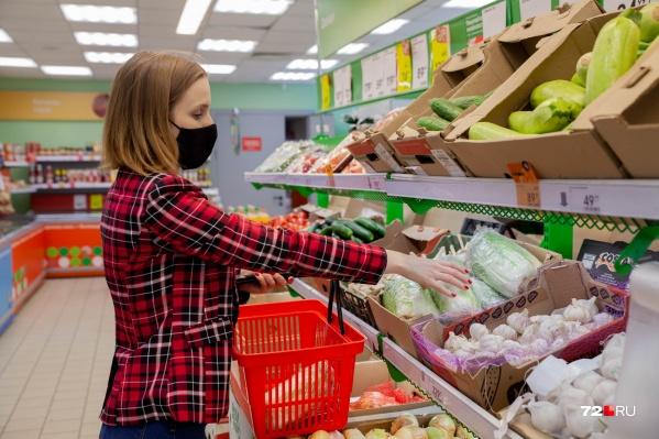 С появлением сервисов по доставке продуктов многие уже и забыли, что такое тележки, очереди и тяжелые пакеты