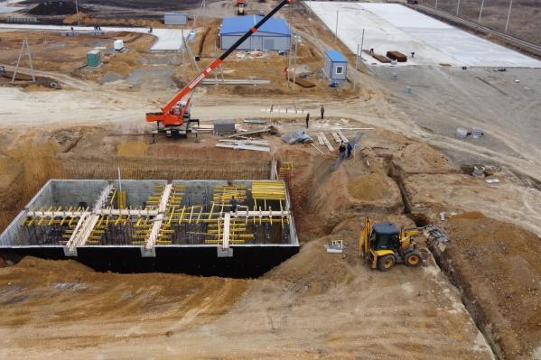 А в ближайшие два года здесь же возведут площадку биокомпостирования и мусоросортировочный комплекс