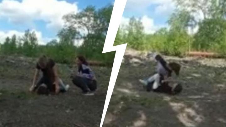 В Челябинской области семиклассницы избили сверстницу и выложили видео в соцсеть