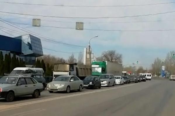 Утро автомобилисты Красноармейского района уже привыкли встречать вот таким образом