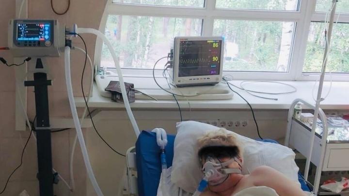 В Пермь поступило 43 аппарата ИВЛ. Их используют для лечения больных коронавирусом