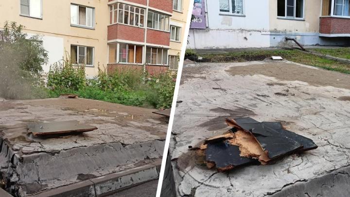 «Пускают по кругу»: Горский остался без украденных люков — их обещали установить к 1 июля, но что-то пошло не так