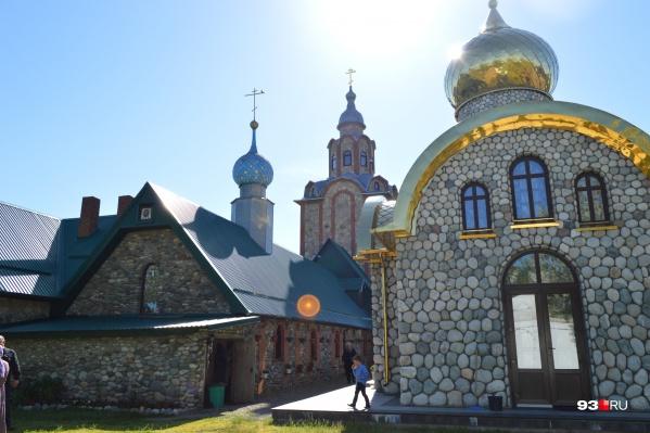 Участок для строительства выбрали около монастырского подворья