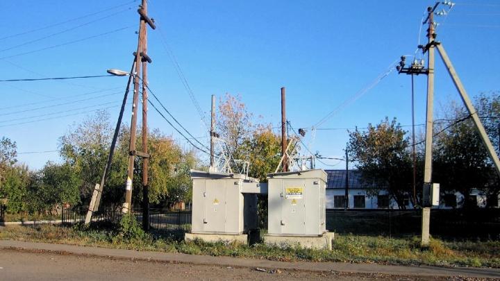 К тюменским дачам протянули новые линии электропередачи— раньше тут сутками сидели безтепла исвета