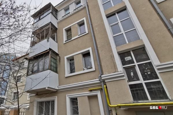 В доме планируется обновить инженерные коммуникации, заменить проводку и трубы