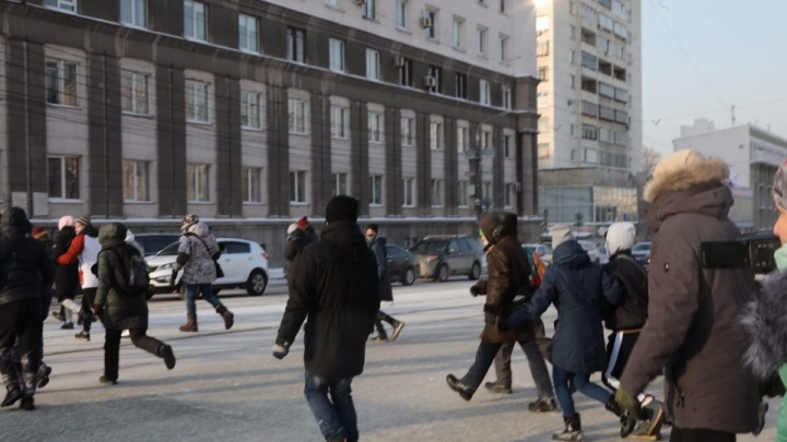 Челябинца арестовали за транспортный коллапс во время протестного шествия по центру города
