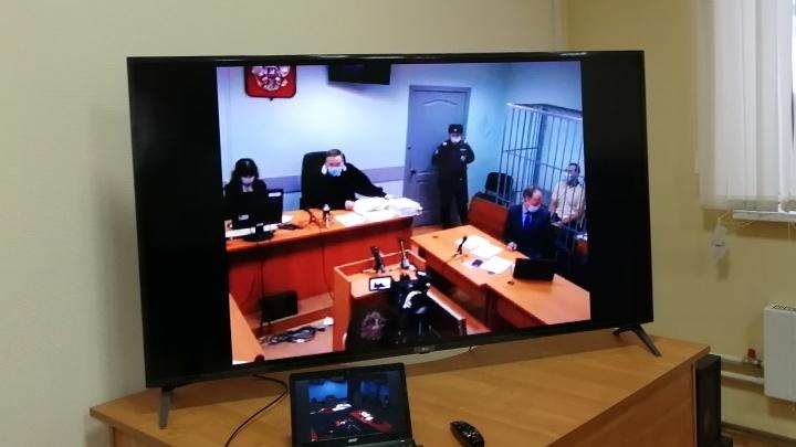 В Екатеринбурге судят угонщика элитных машин, которого помог найти хозяин угнанной машины