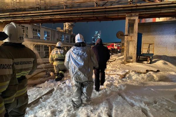 Пожар тушили 127 человек