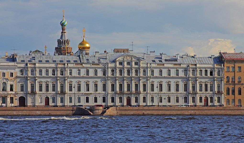 Доходный дом Жеребцовой на Дворцовой набережной