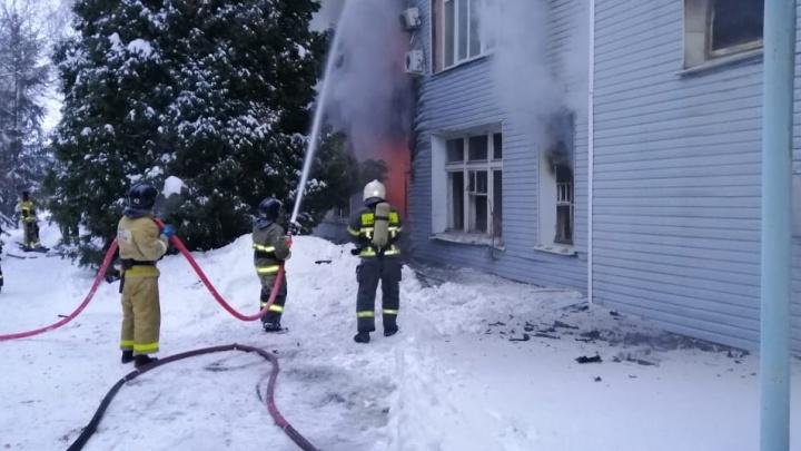 В Самаре при пожаре на подшипниковом заводе погиб мужчина