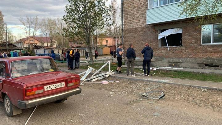 Бойлер взорвался в одном из жилых домов села Подтесово. Люди эвакуированы