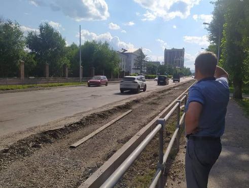 «Миленькие мои, потерпите, пожалуйста!»: мэр рассказал о ходе ремонта дороги на Павлова