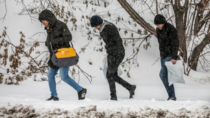 Экстренное предупреждение: на Красноярск надвигаются сильный ветер и очередной снегопад
