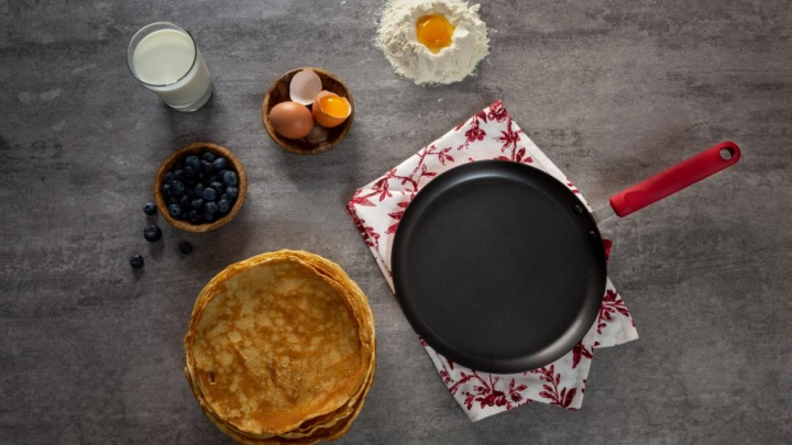 Самые вкусные блины — на новой посуде: «Галамарт» подготовился к Масленице