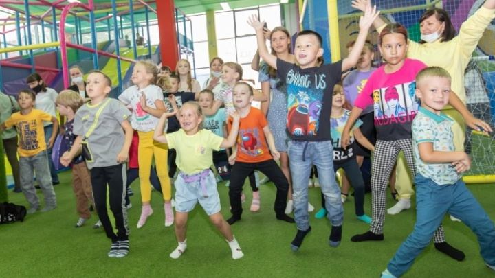 Hlop Top устроит тюменским детям «ядерный» октябрь