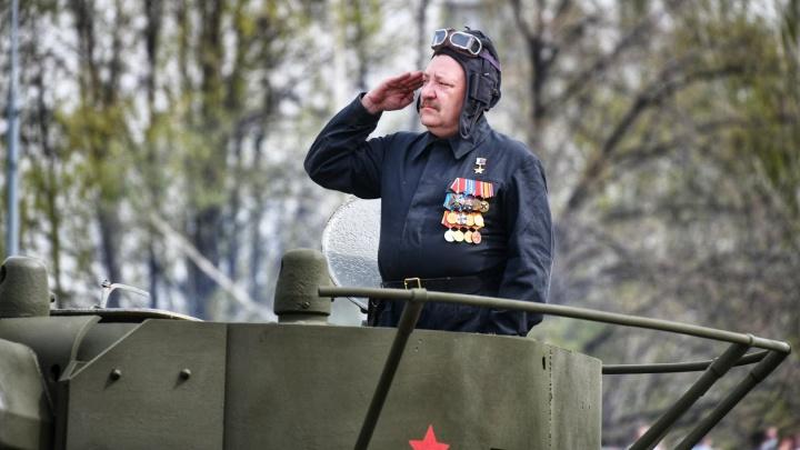 «Погибший комбат расстрелянного батальона»: екатеринбуржцы вспоминают Романа Шадрина