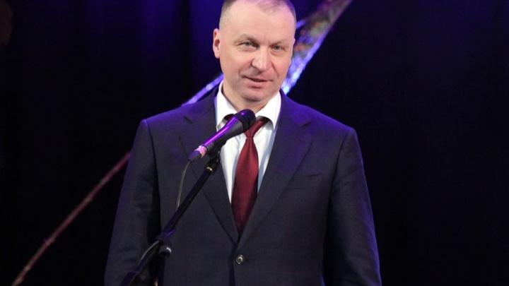 Мэр Кургана Андрей Потапов, находившийся на больничном, вышел на работу