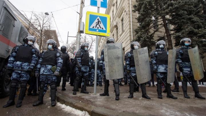 «Вплоть до уголовного дела»: полиция Волгограда предупреждает об ответственности за призывы выходить на улицы