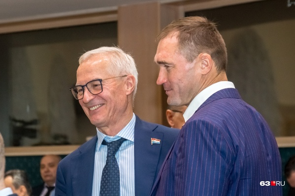 Николай Ренц (слева) представляет Тольятти в Самарской губернской думе