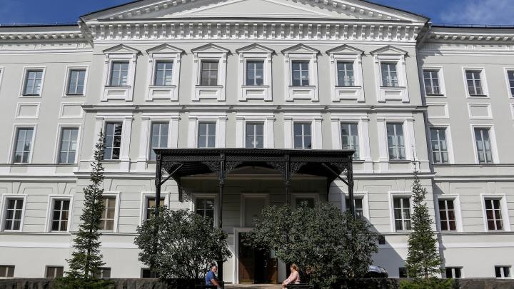 Выставка «Русская классика. Нерассказанные истории» открылась в филиале НГХМ: на что там посмотреть