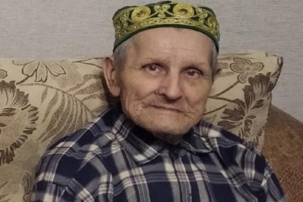86-летний Галимзян Ахтямзянов, по словам родственников, гуляет каждый день возле дома, но 9 мая он не вернулся с улицы<br>