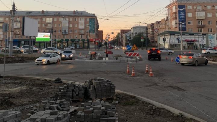 К концу октября на Ленинградской площади изменится схема движения