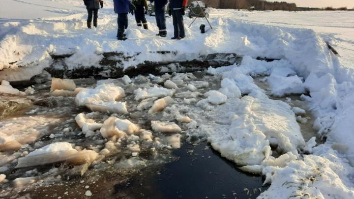 В ХМАО закрыли все ледовые переправы