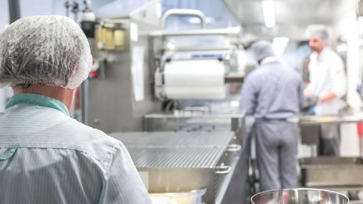 Пищевая безопасность на предприятиях Челябинска вышла на новый уровень