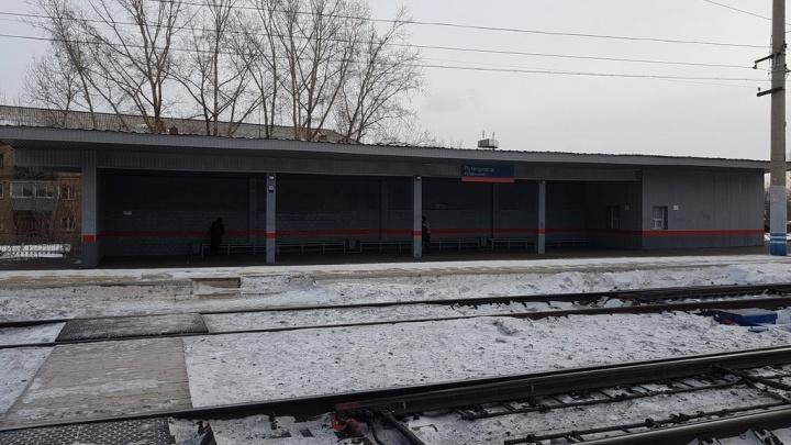 За одну ночь в Красноярске под поезд попали двое мужчин