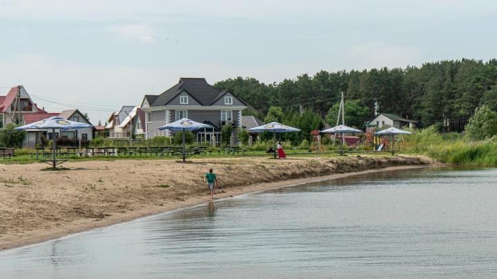 Какая «Бердь»! Изучаем современный дачный поселок с пляжем и кафе — некоторые прилетают сюда на вертолете