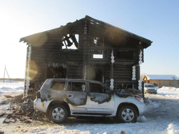 Дом Леонида Кожевникова после трагедии