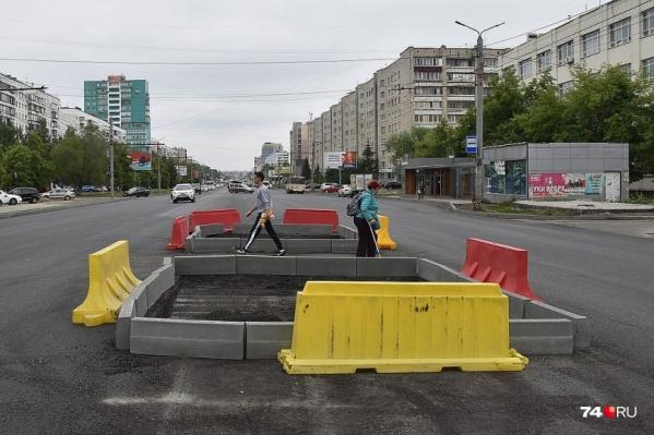 Как нужно ездить по реконструированной дороге — станет ясно уже на этой неделе. Подрядчик нанесет временную разметку